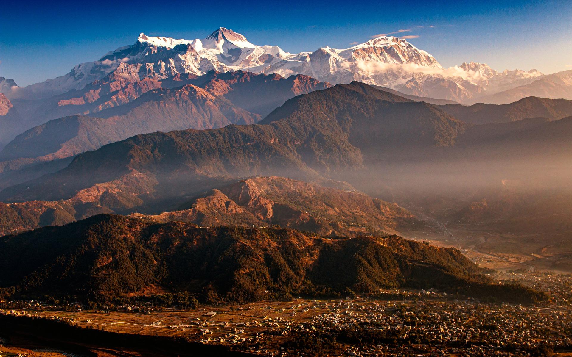 bhutan guida viaggi